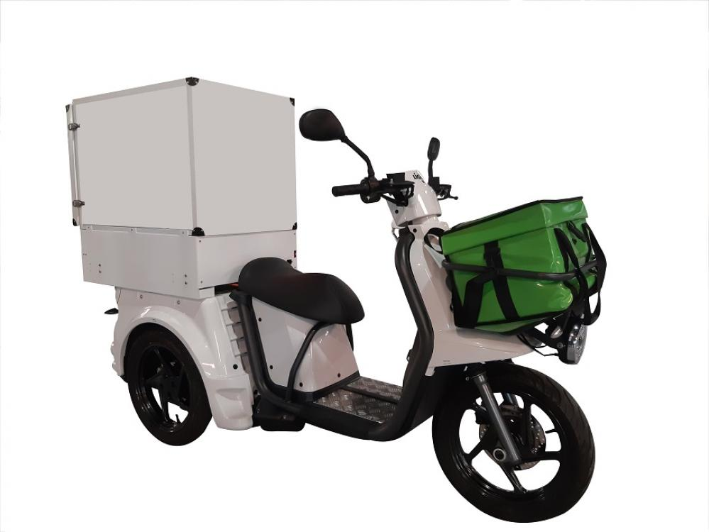container-refrigerant-sur-scooter
